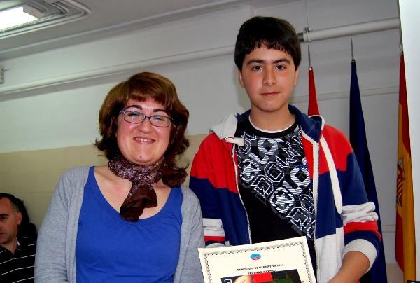 Imágenes del artículo: Concurso de disertación