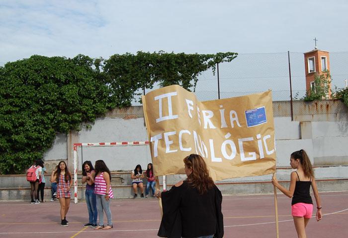 Imágenes del artículo: II Feria Tecnológica del IES Pedro Salinas